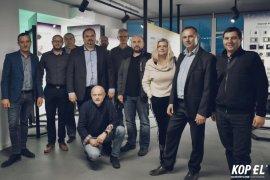 Najlepsi handlowcy i wybrani przedstawiciele firmy, uczestniczyli w przygotowanych przez Centrum Szkoleniowe Legrand Polska, warsztatach z zakresu aparatury modułowej i systemów inteligentnych.